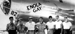 Πέθανε ο πιλότος του Enola Gay, του βομβαρδιστικού που έριξε την ατομική βόμβα και ισοπέδωσε τη Χιροσίμα