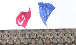Η «νεκρή» Κυπριακή Δημοκρατία, οι μουφτήδες και τα ελληνικά χωρικά ύδατα